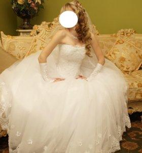 Свадебное платье))
