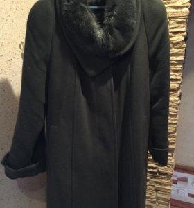 Драповое пальто с норковым воротником