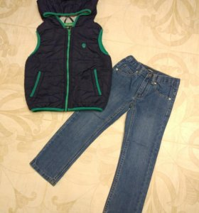 Жилет на синтепоне 110-116; джинсы 5 лет