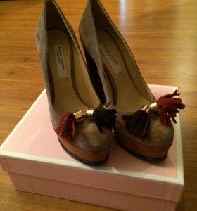 НОВЫЕ!!! Замшевые туфли