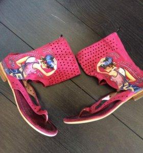 Босоножки,сандали 37 размер