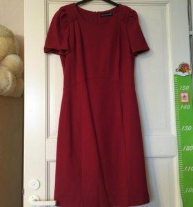 Вишневое платье 44-46