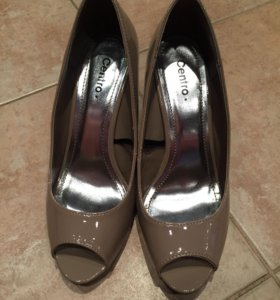Туфли лакированные 38