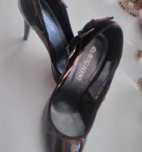 Туфли новые р.35
