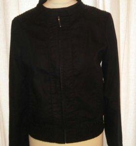 Куртка-ветровка женская со стразами