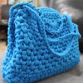 Синяя сумка из трикотажной пряжи