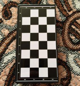 Шахматы-шашки магнитные