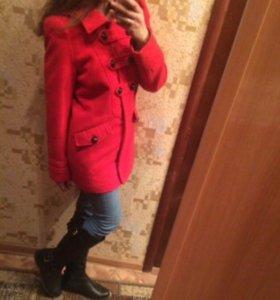 СРОЧНО!!!Пальто Versace