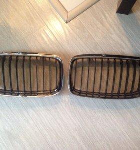 Решетка BMW E90