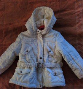 Новая демисезонная куртка на девочку