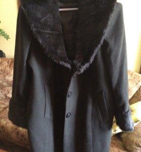 Новое пальто из египетской шерсти на 54-58
