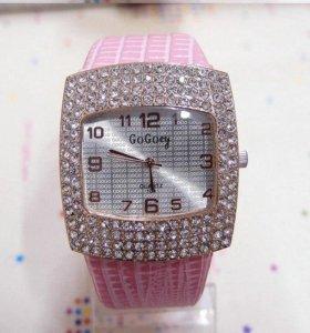 Женские красивые часы