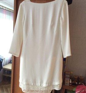Белое платье р42-44
