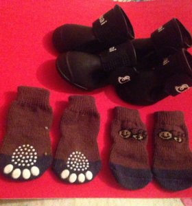 Резиновые сапожки в комплекте с носочками