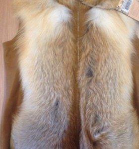 Новая жилетка мех лиса S