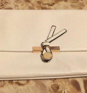 Белая сумка клатч