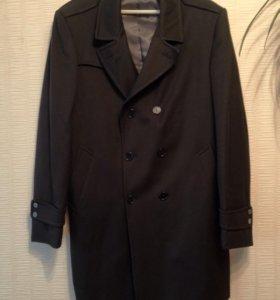 Брендовое мужское пальто Kuss из Италии 50 размер