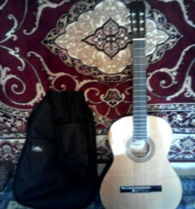 Гитара немецкая,6  -струнная