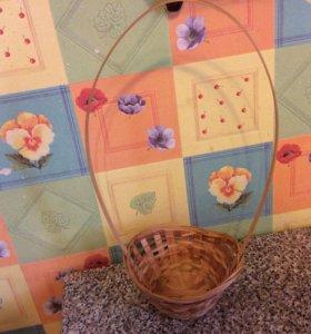 Декоративная плетёная корзинка