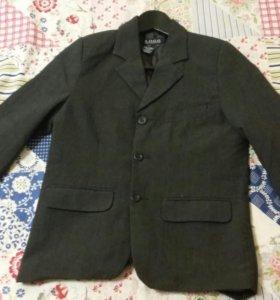 🎓 128 134 р. 9 лет Стильный пиджак и поло