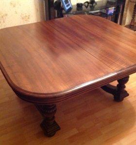 Старинный квадратный стол из Голландии