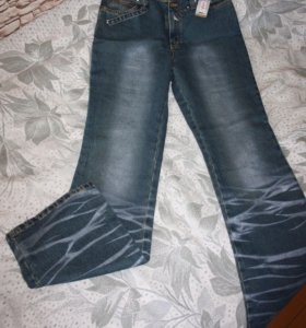 Новые джинсы 46 размера