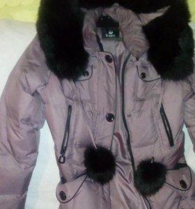 Куртка зима мех натупральный пол года носила