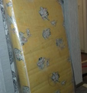 Матрас на детскую кроватку (60×120)