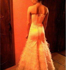 Платье выпускное, свадебное! Очень яркая рыбка!