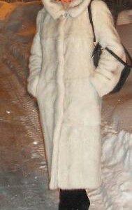 Норковая белая шуба