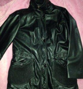 Куртка женская 50-52 ра-р