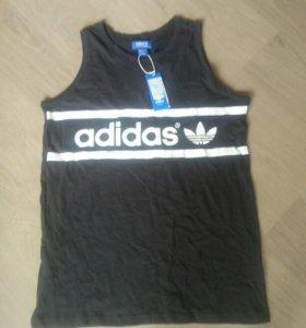 Новая футболка L