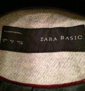 Пальто Zara осеннее
