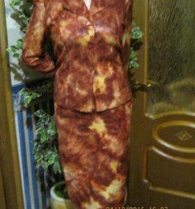 Продам шикарный костюм