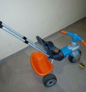 Трехколесный велосипед  Smoby для малышей
