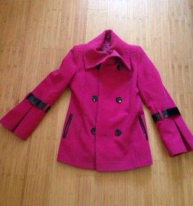 Женское драповое пальто 42 размер