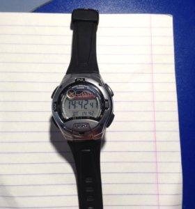 Продаю срочно часы Casio
