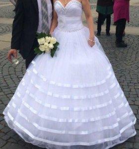 Свадебное платье р 46