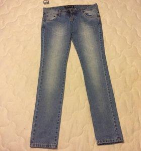 Новые итальянские джинсы 46