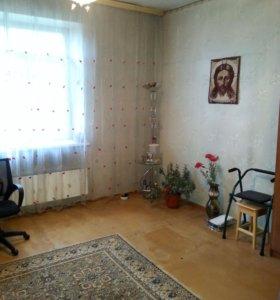 Продам 2-х комнатную квартиру в Полысаево