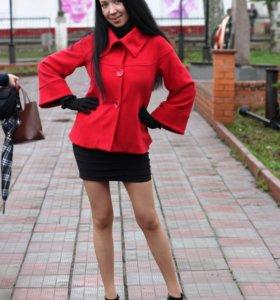 Пальто весна- осень, размер 44-46.