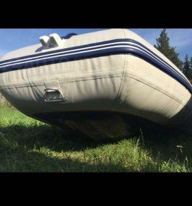 """Лодка """" Солар555мк"""""""