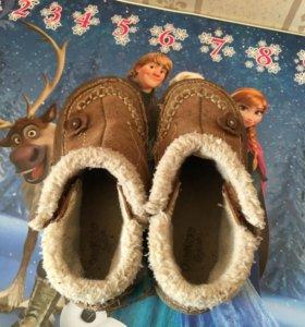 Осенне весенние ботиночки OSH KOSH 24 р