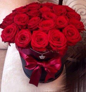 Розы в шляпных коробках!
