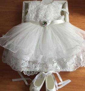 Платье праздничное  3-6 м новое