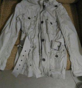 Плащь-куртка,пальто,тренч