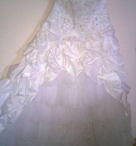 Свадебные платья, новые