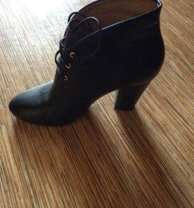 Ботинки CorsoComo