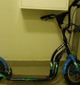 Новый Двухколесный самокат с надувным  колесами