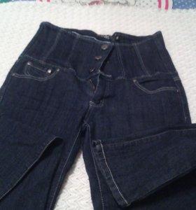 Модные джинсы 46-48